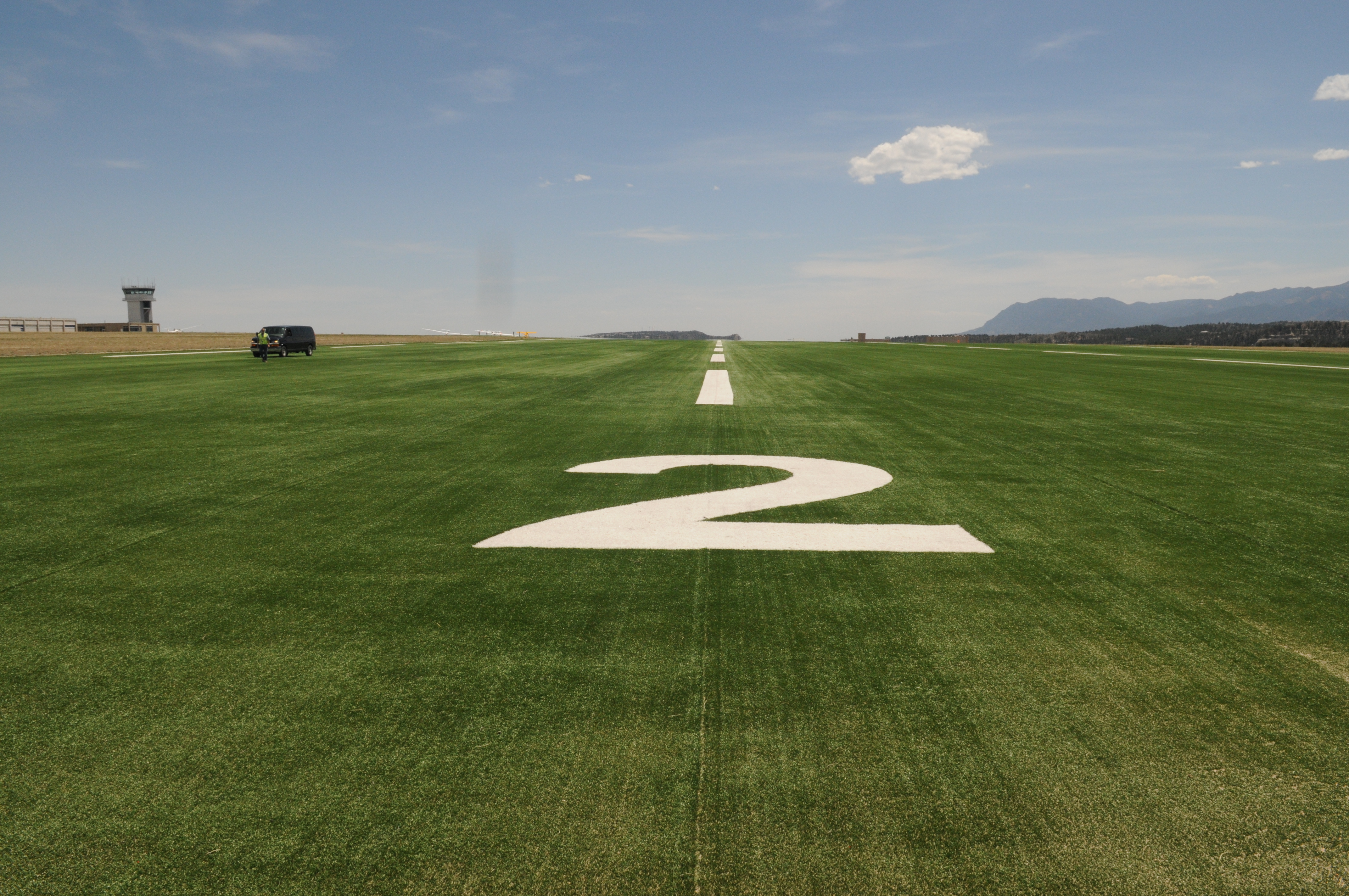 Evergreen Aviation AvTurf, Sailplane rwy usa