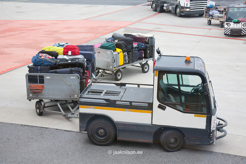 luggage transported to airprot
